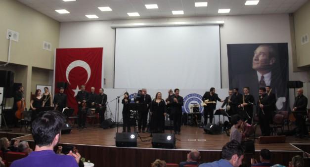 İstanbul Devlet Modern Folk Müzik Topluluğu Konseri